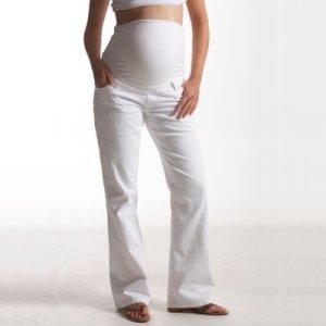 Jean de maternité ligne bootcut, montage haut. Entrejambe 81 cm.
